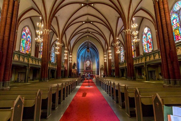 Kirkene I Drammen Oppstandelse Og Hellige Kors Visitdrammen